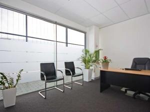 14 m2 office